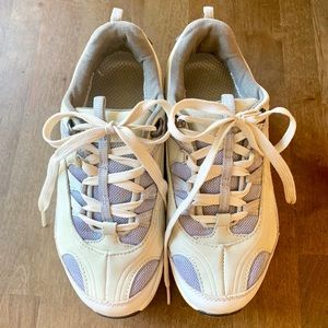 MBT Women's White Walking Shoes (Size 6.5)